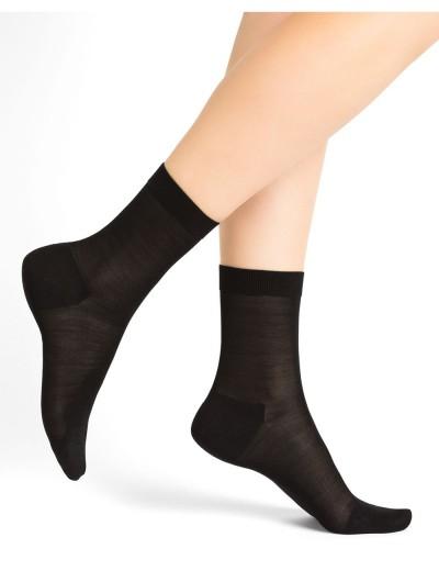 Chaussettes femme 100% soie...